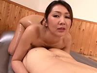 伊織涼子 これからたっぷりと楽しいことしましょうね。それじゃあこのマットに横になって