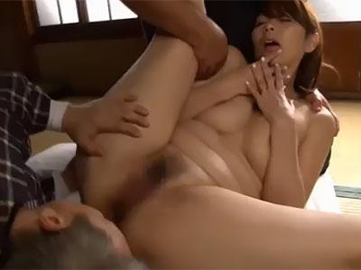 翔田千里 義父と近所に住むスケベなおっさんに二穴同時挿入をされて乱れる豊満熟女