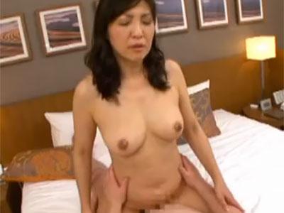 伊達美佐子 五十路を過ぎるとセックスレスになっちゃいますね。満たされたいです