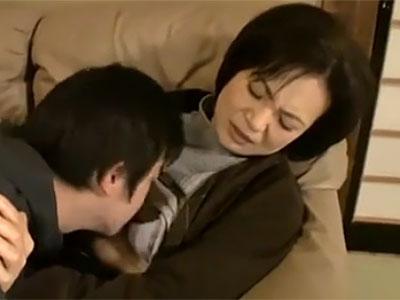 お母さんと結婚するって約束覚えてるでしょ。大人になったしあの約束を守りたいんだ