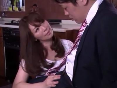 翔田千里 愛する夫のピンチを救うためなら色仕掛けでも何でもするんだから