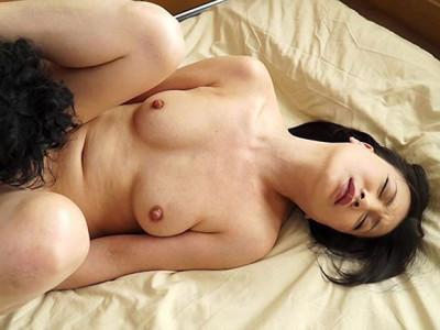 京野美麗 かのんこゆる セフレをとられた仕返しに娘の彼氏を寝とってやった