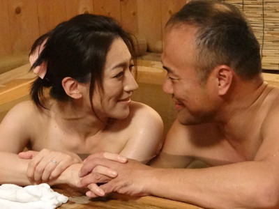 松本まりな 城野絵里香 響京香 お互いに年をとったけどあの頃の思いが蘇る