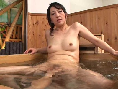 朝宮涼子 こちらはアナル専門のソープです。思う存分挿入してください