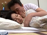 江原あけみ あなた、今日はいけません。隣に息子が寝ているんですから…