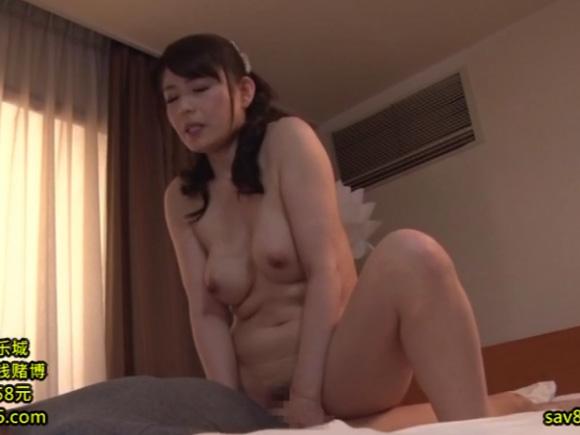 【JUX-913】 三浦恵理子が騎乗位している画像