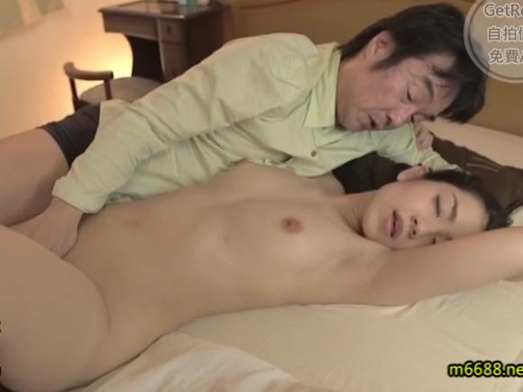 【JUX-916】経堂里穂が手マンされている画像