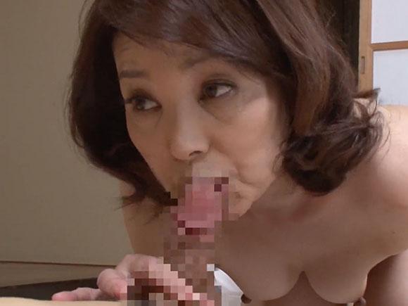 【NUKA-14】清野ふみ江がフェラチオしている画像