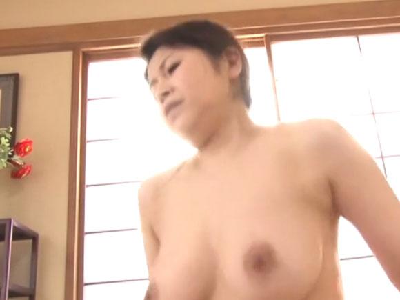【SPRD-801】水野淑恵が騎乗位している画像