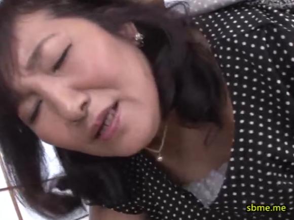 【SPRD-865】天童絹枝がバックでハメられている画像