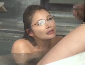 混浴お隣草1むら