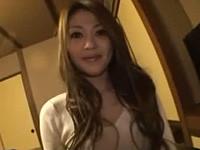 結城菜々美 温泉旅館でのハメ撮りで気持ちよさそうに腰振る熟女
