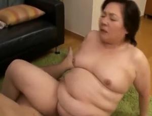 豊満還暦祖母