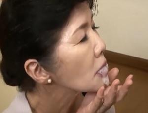 工藤留美子近親の口内の